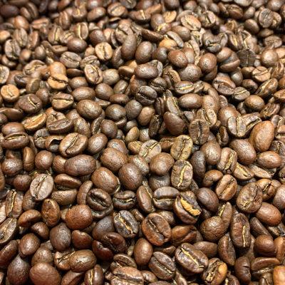 Grains de café torréfiés origine Costa Rica