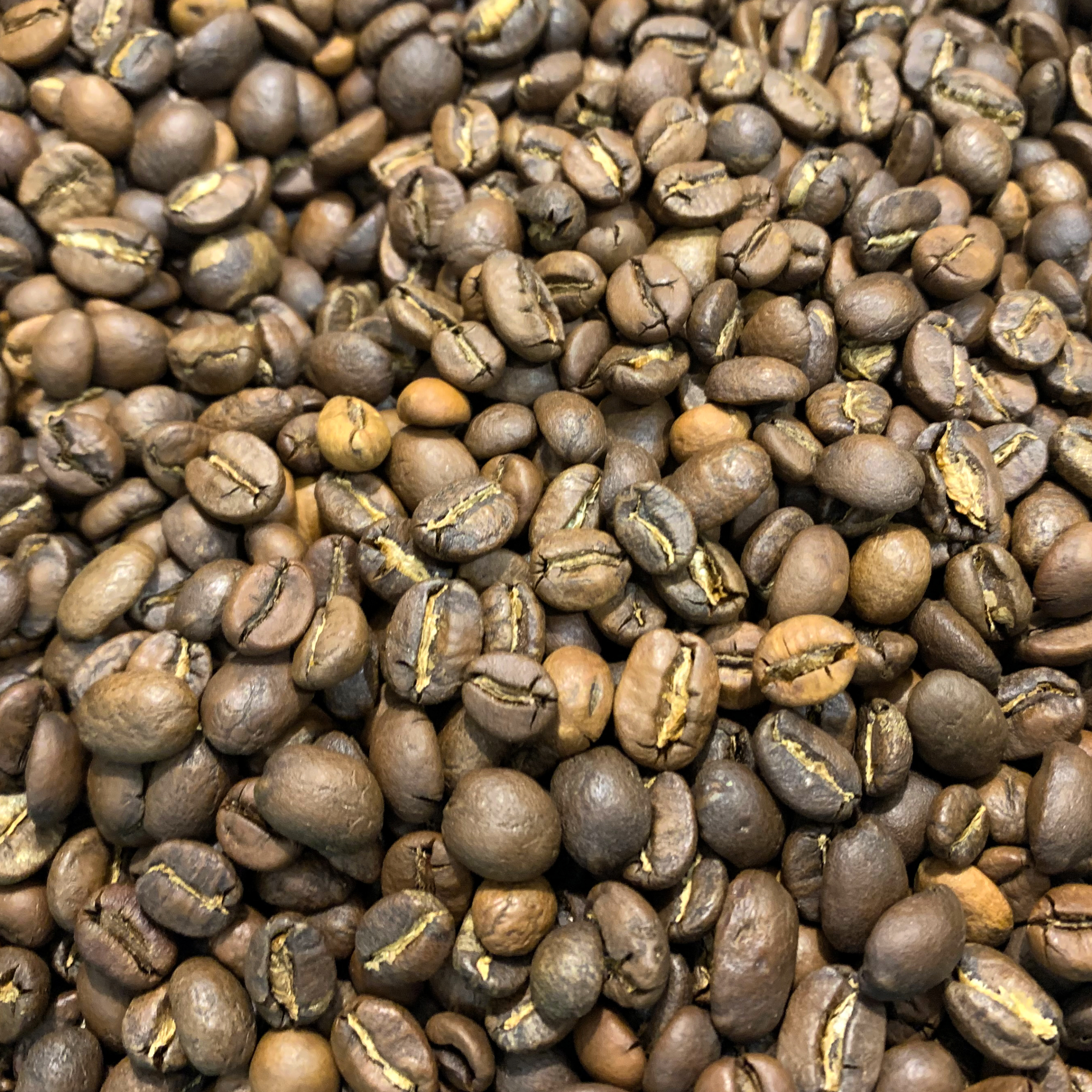 Grains de café torréfié du mélange maison La Grègue